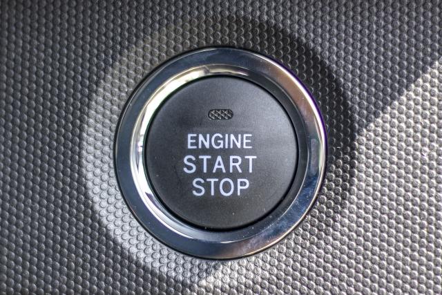 自動車に半導体はどう活用されている?カーエレクトロニクスについて